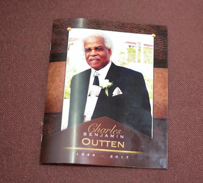 Carlos Outten grandaddy funeral