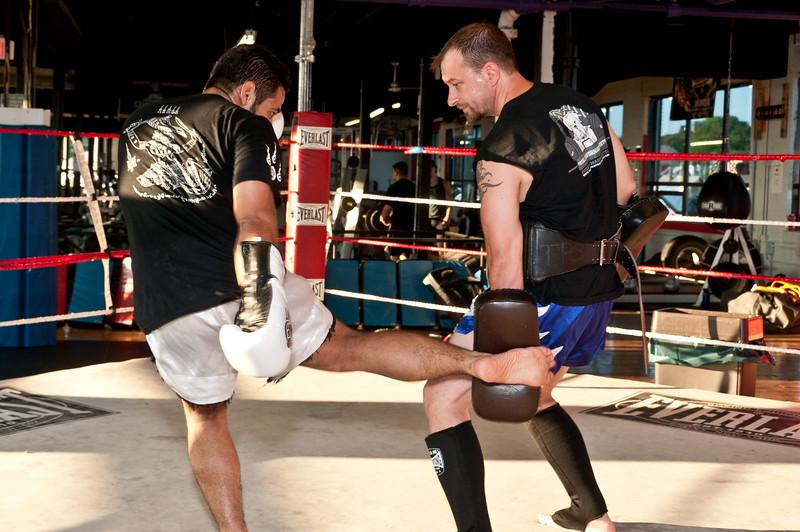 Kickboxing Class 7-28-2011_ERF5110.jpg