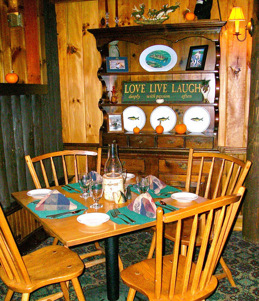 Great food, professional service in a rustic and casual atmosphere. The Rainbow Grille & Tavern