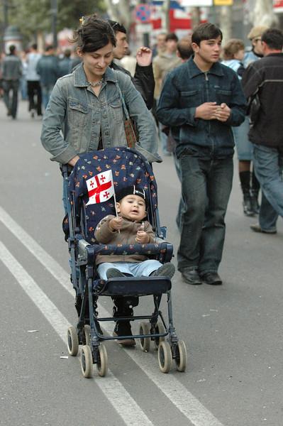 051009 9632 Georgia - Tbilisi - Georgian People Celebrating Sunday _E _I _L _N ~E ~L.JPG