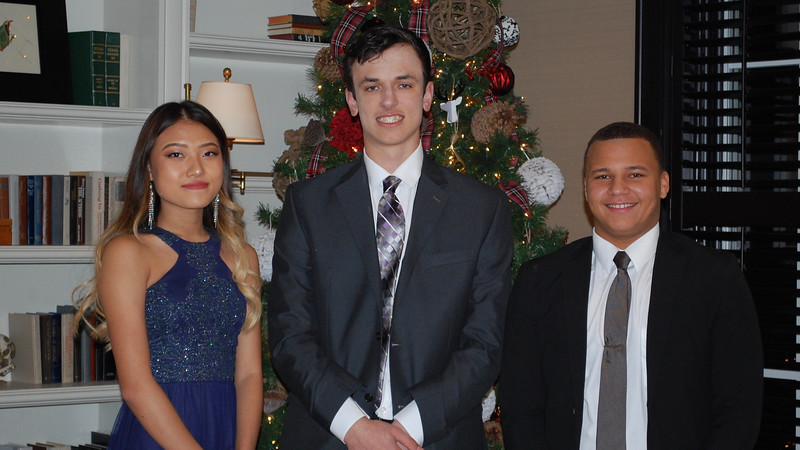 2016_12_03_Winter Formal08.jpg