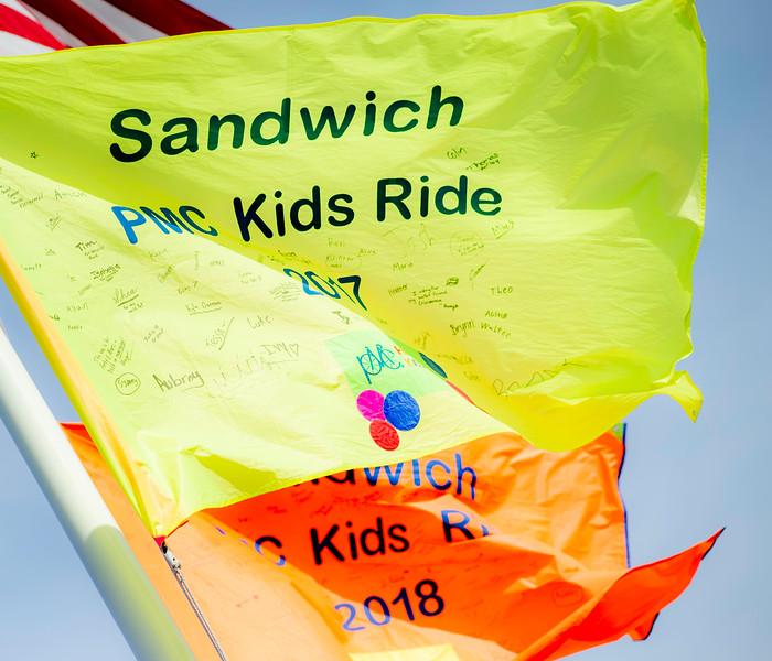 193_PMC_Kids_Ride_Sandwich.jpg