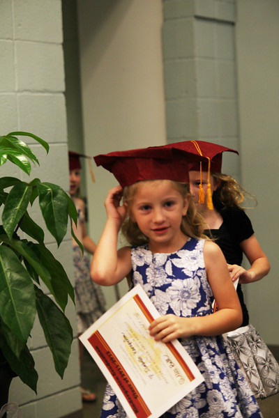 2012May18_MTA Kinder Grad_9776.JPG