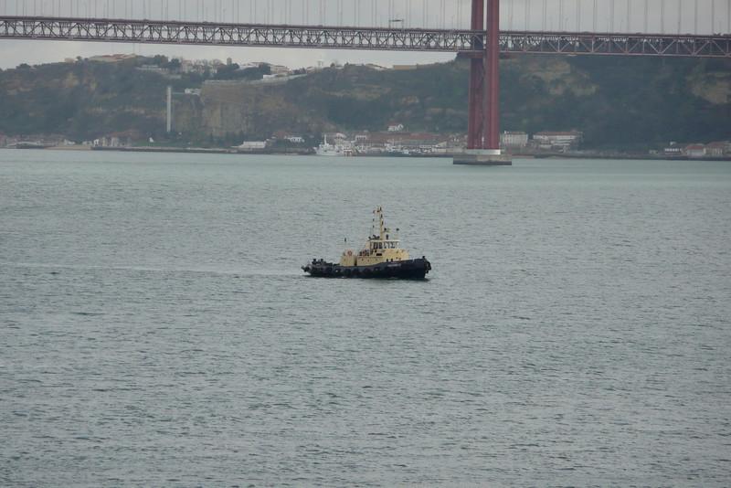 Tugboat on Rio Tejo. Belém, Lisbon