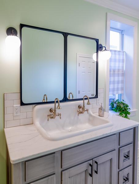 Zeile Bath and Kitchen 2020-7.jpg