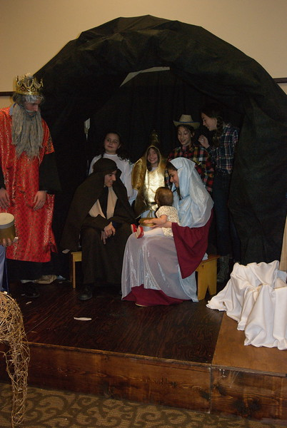 2014-12-21-Christmas-Pageant_167.jpg