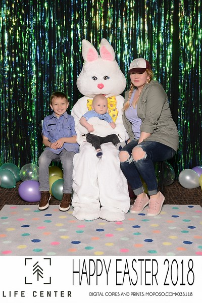 20180331_MoPoSo_Tacoma_Photobooth_LifeCenterEaster18-7.jpg