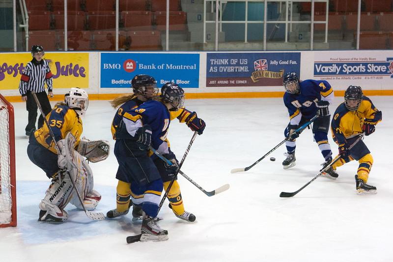20130310 QWHockeyvsUBC 284.jpg