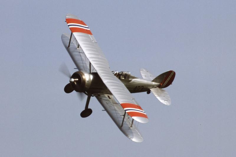 G-AMRK-GlosterGladiator-EGTH-2001-05-10-JX-31-KBVPCollection.jpg