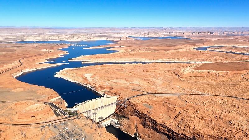 colorado-river-lake-powell-lighthawk-gopro8-card2-67.jpg
