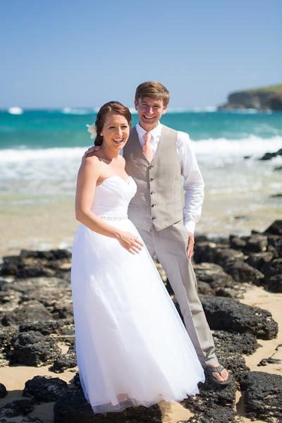 gillin beach kauai wedding-25.jpg