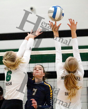 PREP VOLLEYBALL: HLWW at Maple Lake
