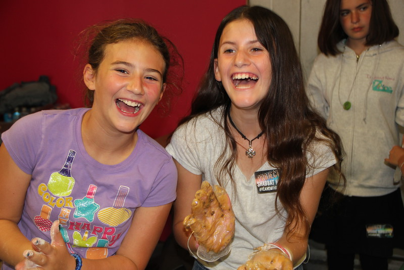 kars4kids_thezone_camp_girlsDivsion_activities_baking (27).JPG