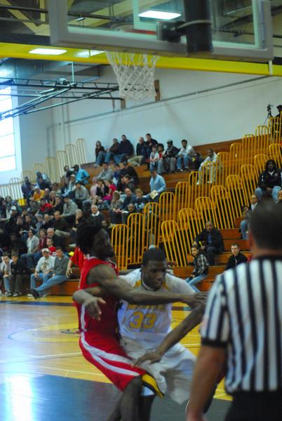20090301_MCC Basketball_5633.JPG