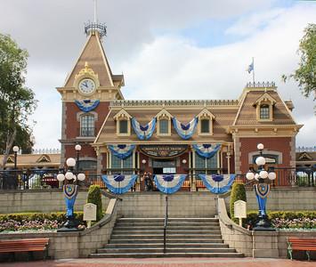 Disneyland May 2016