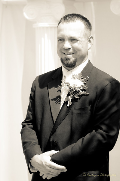 Tom & Brandy Wedding (B&W) (46 of 71).jpg