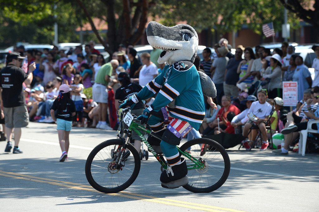. The San Jose Sharks\' mascot participates in the Fourth of July parade in Fremont, Calif., on Thursday, July 4, 2013. The parade featured more than 70 entries. (Dan Honda/Bay Area News Group)