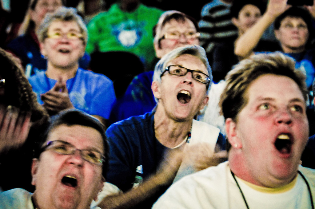 . Fans cheer their team during their WNBA championship pep rally at Target Center.   (Pioneer Press: Ben Garvin)