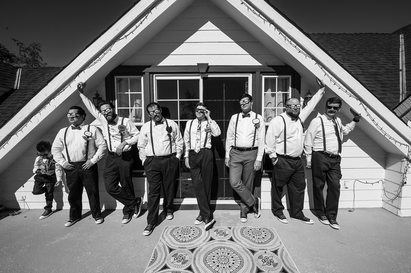 T and K Groomsman (15 of 25).jpg