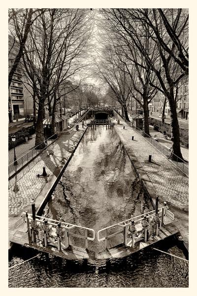 20150327_Canal-st-Martin_0076-Z--PHOTOS-PARIS-Canal-SAINT-MARTIN-20150327_Canal-st-Martin_0083_0000-BW.jpg