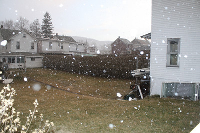 Little Bit of Snow, Dutch Hill, Tamaqua (3-4-2012)