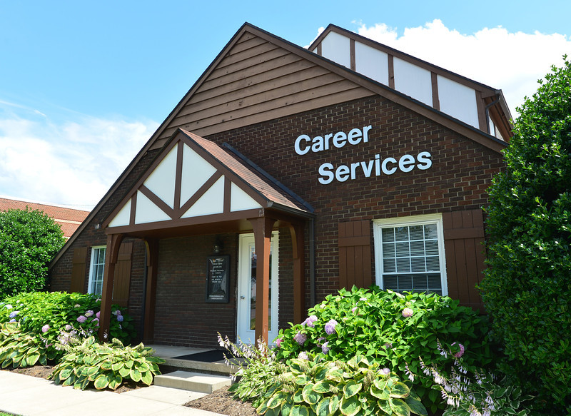 Career Services 1785.jpg