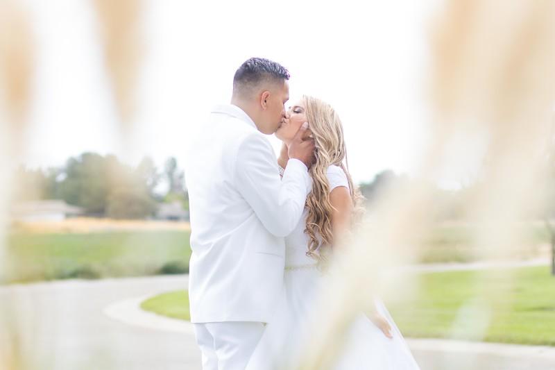 Farmer Wedding Social Media Pictures-17.jpg