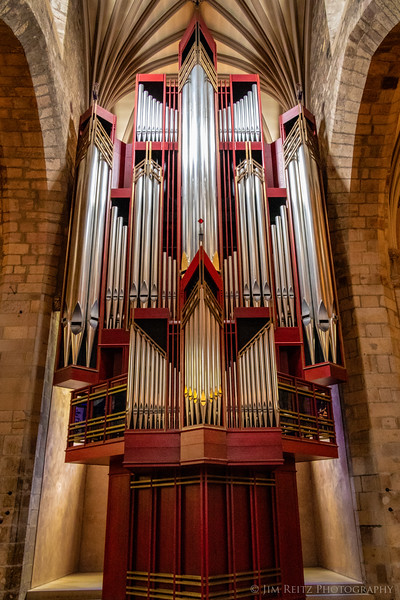 Art-deco style pipe organ - St. Giles' Cathedral in Edinburgh, Scotland.