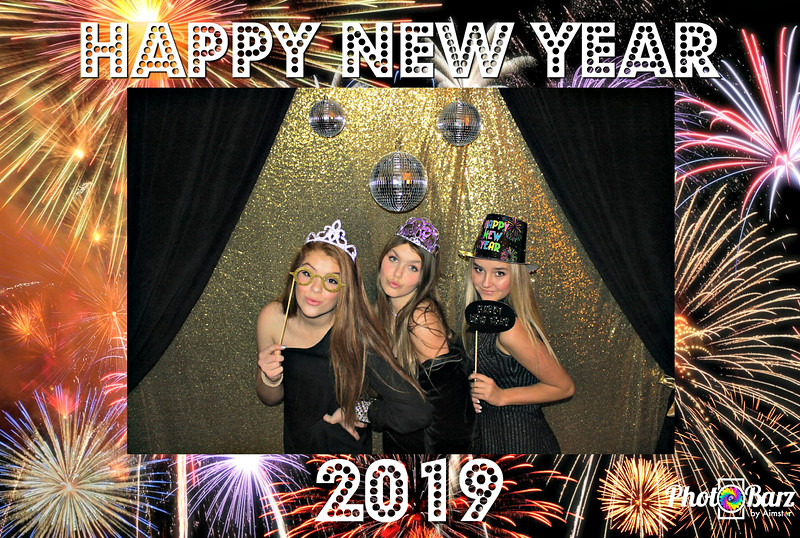 New Years 2019 Photobooth Pics (20).jpg