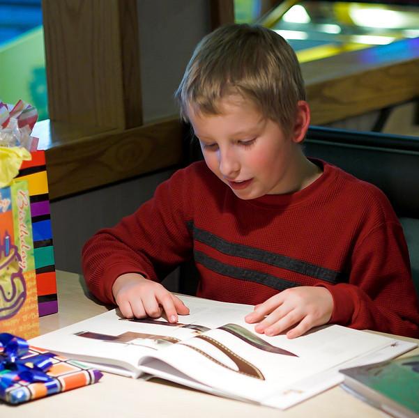 Chuck-E-Cheese Birthday Party, December 2005.