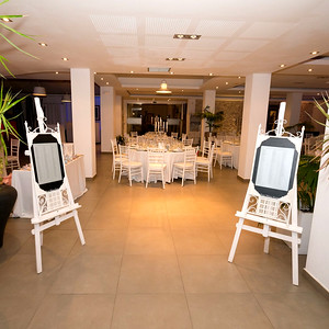 22280 Easels with artistic frame and custom sign