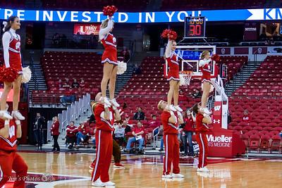 UW Sports - Badger Cheerleaders - Nov 08, 2017
