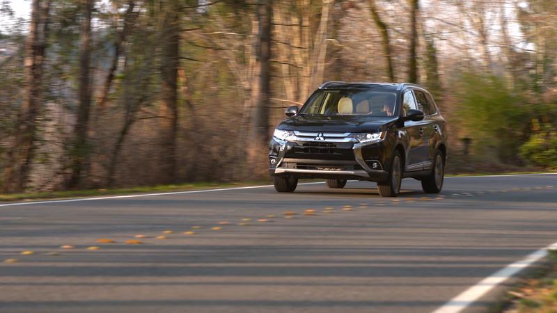2018 Mitsubishi Outlander 2.4 SEL S-AWC Driving Reel