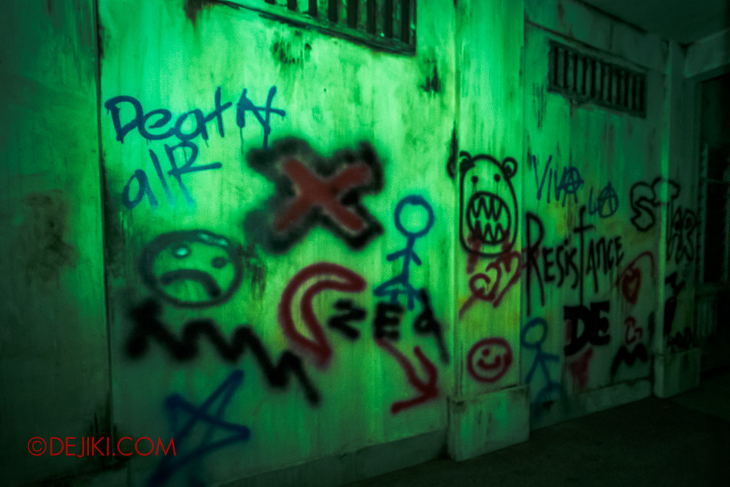 Halloween Horror Nights 6 - Old Changi Hospital / Graffiti close up