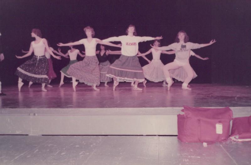 Dance_1425.jpg