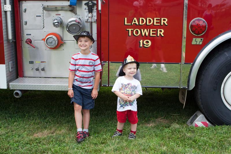 20110625_Woodside Farms Fire Appreciation Day_0021.jpg
