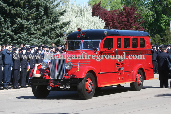 5/13/13 - Wayne-Westland Firefighter Brian Woehlke funeral procession
