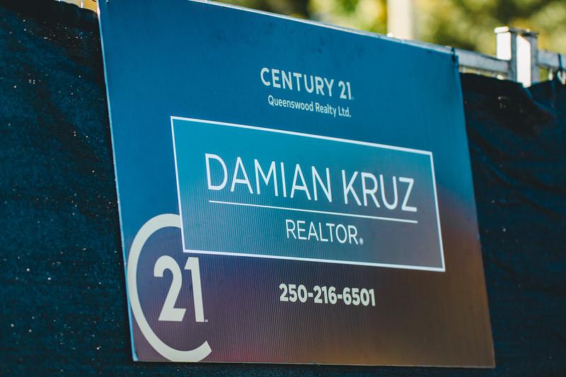 Century 21 | Damian Kruz
