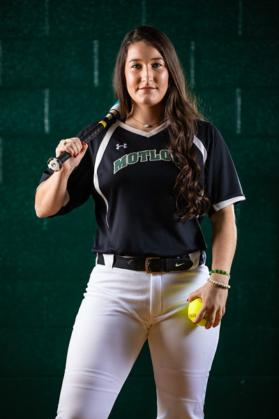 Softball Team Portraits-0400.jpg
