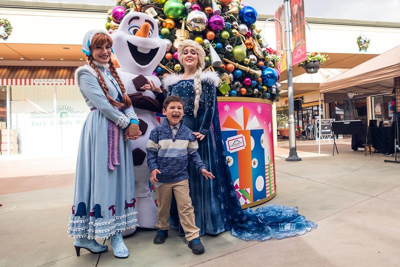 Grossmont Center San Diego Made Pop-Up Market at HolidayFest-83.jpg