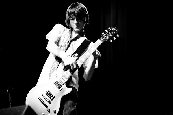 03.06.11 - School of Rock: Durty Nellie's - Queen & The Beatles