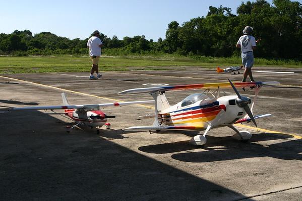2004-11-06 - Raptor 50 - First Flight