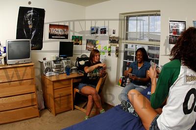 CK-16207 Housing Photos 6-14-07