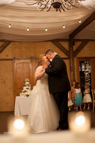 CRPhoto-White-Wedding-Social-510.jpg