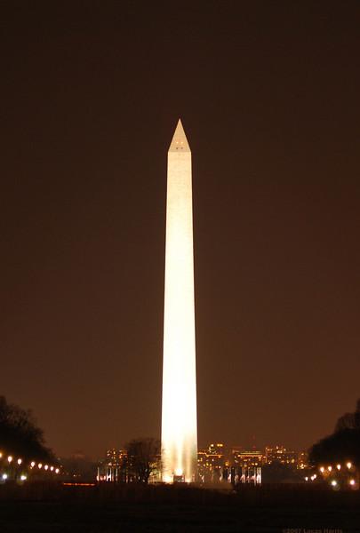 Night photograph of the Washington Monument.