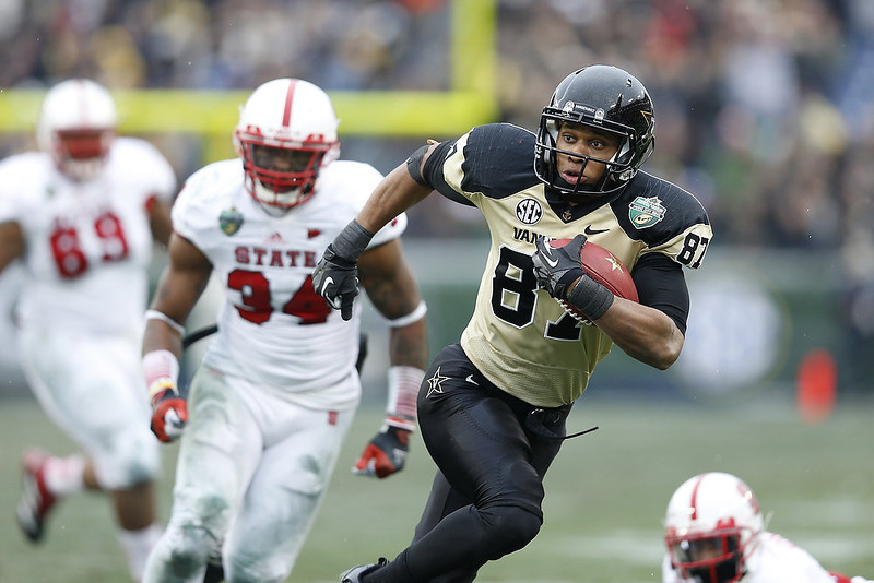 . Jordan Matthews #87 of the Vanderbilt Commodores heads toward the end zone for an 18-yard touchdown catch and run against the North Carolina State Wolfpack during the Franklin American Mortgage Music City Bowl at LP Field on December 31, 2012 in Nashville, Tennessee. (Photo by Joe Robbins/Getty Images)