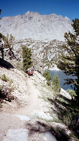 8/5/2004 - Trans Sierra I : East to West team (Onion Valley to Road End)