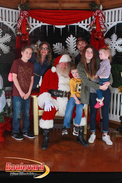 Santa 12-17-16-294.jpg