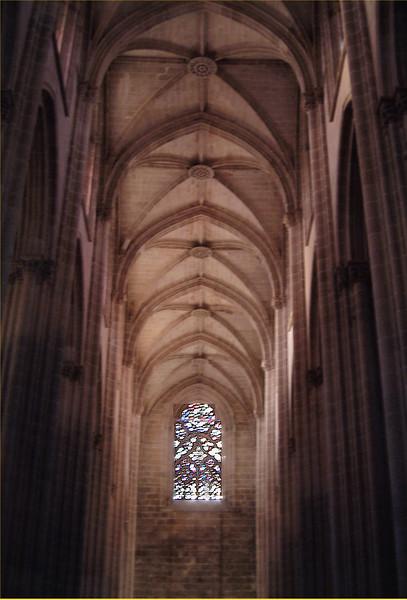 batalho, ceiling