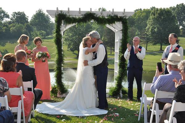 Cindy & Joe Avciello's Wedding